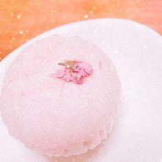 【hanae1011】さんのInstagramをピンしています。 《. 今朝のしあわせ🌸🌸🌸 さくらっ♡ 電車15分遅延してる😓 . . . . . . . . . . . . . . . . . . . . . . . . . . . . . . . . . . . #gm#instagood#instafood#cherryblossom #pink#breakfast#bread#happy#pic#like#favorite#l4l#f4f#follow#mery#love#fff#パン#朝ごはん#おはよう#出勤前#さくら#さくらパン#桜#キラキラ#ピンク#行ってきます#お洒落さんと繋がりたい#いいね》