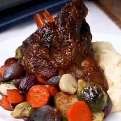Elegant Braised Lamb Shank Dinner Recipe by Tasty Check more at Source by Eat better this summer with these delicious and healthy summer di. Lamb Recipes, Meat Recipes, Dinner Recipes, Cooking Recipes, Cooking Tv, Braised Lamb Shanks, Slow Cooker Lamb Shanks, Roasted Lamb Shanks, 185