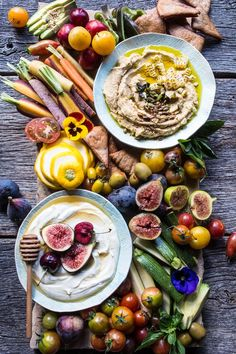 The hummus is seriously delicious! Market Veggie Board with Roasted Corn Jalapeno Hummus + Honey Whipped Goat… Appetizers For Party, Appetizer Recipes, Snack Recipes, Healthy Diet Recipes, Healthy Snacks, Tapas, Jalapeno Hummus, Crudite Platter, Crudites
