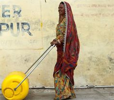 The Hippo Roller has made life easier for thousands of water-starved people–but it's very expensive. The WaterWheel–designed to solve the water crisis in India–is the next generation of wheeled water carriers. Peak Oil, Network For Good, Social Change, Tool Design, Survival, Cleaning, Make It Yourself, Create, Simple