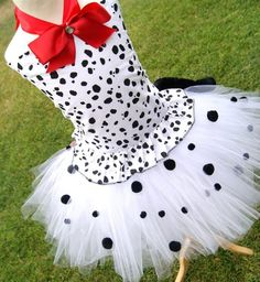 This Dalmation Tutu set is Adorable! Comes with Ears, Spotted Dalmation Corset, and Tutu! This set also has a tail. Can be made as small as 6months-14 years. Please add $5.00 to any tutu over sz 8. We use 100 yard of tulle on all our tutu sets!