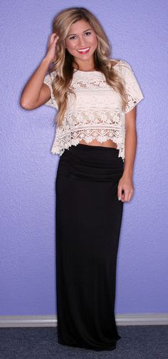 Taylor Swift, White Crop Top and Black Maxi Skirt | FASHION ...
