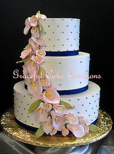 https://flic.kr/p/R9mkpU | Elegant Ivory Butter Cream Wedding Cake with Gold Sugar Pearls, Navy Blue Ribbon and Blush Pink Calla Lilies