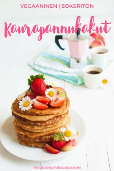 Vegan oat pancakes are made only with 4 ingredients to make your slowly mornings sweet and delicious. Sugar Free Recipes Healthy, Healthy Food List, Healthy Eating For Kids, Vegan Recipes, Healthy Treats, Healthy Egg Breakfast, Protein Packed Breakfast, Oat Pancakes, Quick Easy Desserts