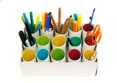 """pintalalluna: Organizador con tubos de cartón: I think I might try this for a """"reuse"""" crayon organizer!"""