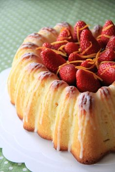 Sicilian Orange Cake is similar to butter cake, with addition of orange juice. Sicilian Orange Cake is buttery, rich, and delicious.   rasamalaysia.com