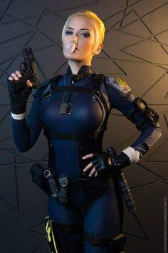 Character: Cassie Cage / From: NetherRealm Studios 'Mortal Kombat X' / Cosplayer: Natasha Firsakova (Narga and Aoki cosplay, aka Narga-Lifestream)