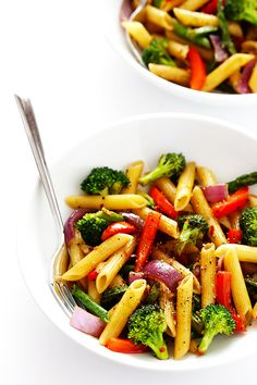 This Balsamic Veggie Pasta recipe is quick and easy to make, loaded with fresh veggies, and tossed with a delicious balsamic vinaigrette and Parmesan. So tasty!!   gimmesomeoven.com