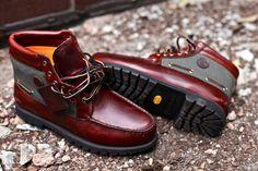 Timberland x Gore-Tex 7 Eye Anniversary Chukka Boots Timberland Chukka, Timberland Stiefel Outfit, Timberland Boots Style, Chukka Boot, Kicks Shoes, Men's Shoes, Shoe Boots, Chukka Sneakers, Shopping