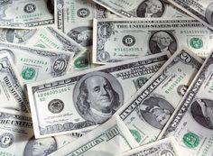 Η ιστορία του Δολαρίου: Το Δολάριο αποτελεί τη νομισματική μονάδα των ΗΠΑ από το 1785. Αμέσως μετά την Αμερικανική Επανάσταση του 1776 το νέο έθνος είχε την ανάγκη ενός ενιαίου νομισματικού συστήματος...