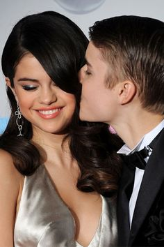 Selena Gomez's loved ones planning intervention after her clash with Justin Bieber over Sophia Richie