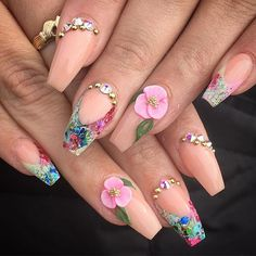 I love the neutral nail with the pink flower Glam Nails, Dope Nails, 3d Nails, Cateye Nails, Fabulous Nails, Gorgeous Nails, Pretty Nails, Nail Art Designs, Acrylic Nail Designs