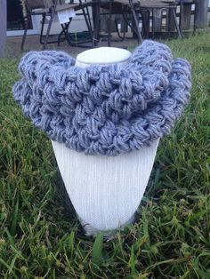 Warm and cozy cowl just in time for the colder weather! Fast Shipping