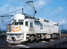Online railroad photo database, featuring thousands of high-quality photographs of trains, railroads, railroad scenes, and more. Electric Locomotive, Diesel Locomotive, Amtrak Train Travel, Grand Funk Railroad, Railroad Photography, Railway Museum, Rail Car, Old Trains, Electric Train