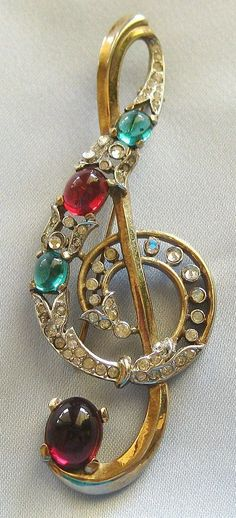 Sparkling Vintage Crown Trifari 1941 Alfred Phillipe Treble Clef Cabochon and Encrusted Rhinestone Brooch. Just. Beautiful.