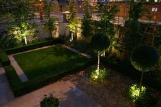 40 Ideas of How to Design a Garden with Clean Lines and Subtle Lighting Effects | http://www.designrulz.com/outdoor-design/garden/2012/05/40-ideas-of-how-to-design-a-garden-with-clean-lines-and-subtle-lighting-effects/