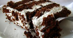 Have you ever seen such a fluffy-looking cake? I didn't think so. Stephanie of Confessions of a City Eater chose THE recipe this week. Yes,...