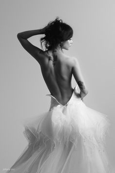 A reason to wear your wedding dress again! Photo shoot!!