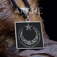 """""""La ilahe illallah"""" Yazılı Gümüş Kolye - Arkhe Jewel Alex And Ani Charms, Charmed, Bracelets, Jewelry, Jewlery, Jewerly, Schmuck, Jewels, Jewelery"""