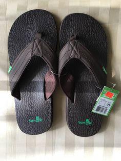 5bdebc332f9e Sanuk Men s (Sz 11) Beer Cozy Flip-Flop Sandals Slippers Brown Black