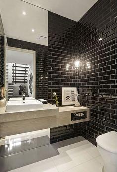Черная плитка под кирпич в ванной Посмотреть весь проект...  #ванная #кирпич #черный