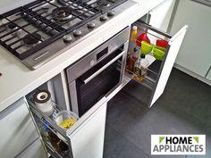 Aprovecha todos los espacios de tu cocina con soluciones para todos los condimentos y especias. ¡Búscalo en Home Appliances!   #Home #HomeAppliances #Cocina #Kitchen #Herrajes #Electrodomesticos #Condimenteros #Condimentero #Cajon #mueble #Organizador #Condimentos #especias #Diseño #desing #Cocinar #Hogar #muebles #Buy #promociones Washing Machine, Home Appliances, Kitchen Pictures, Kitchen Furniture, Spice, Home, House Appliances, Appliances