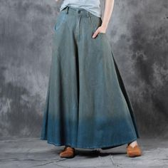 Buy Gradient Colors Vintage Wide Leg Jeans Womans Flare Jeans in Jeans online shop, Morimiss offers Jeans to make you feel comfortable Denim Outfit, Denim Pants, Loose Jeans, Wide Leg Denim, Looks Vintage, Casual Jeans, Gradient Color, Ladies Dress Design, Pretty Outfits