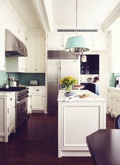 Kitchen, white kitchen cabinets, kitchen island with molding, cabinets to the ceiling, Breadboard ceiling