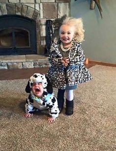 Kid Halloween Costumes. Sibling costumes. 101 Dalmatians. Cruela and Dalmatians.