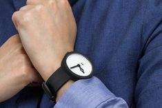 Let me present you the minimalist Classic watch by Melbourne based AÃRK Collective.
