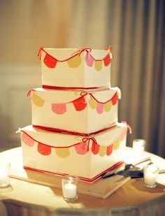 A bunting cake. Wedding Bells, Diy Wedding, Wedding Ideas, Wedding Cake, Party Like Its 1999, 60th Birthday Party, Birthday Cakes, Cake Bunting, Fantasy Wedding