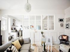 Bright Scandinavian Apartment With A Glass Dividing Wall (Gravity Home) Scandinavian Shelves, Scandinavian Apartment, Scandinavian Interior Design, Scandinavian Living, Scandinavian Fashion, Nordic Design, Interior Windows, Room Interior, Apartment Interior