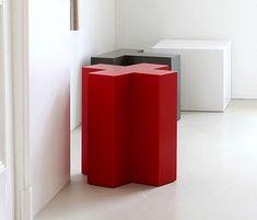 Shape stool von Not Only White B.V. | Badhocker / Badbänke