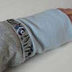 Armstulpen nähen Diy And Crafts, Garne, Cake Pops, Kindergarten, Fashion, Fashion Styles, Tutorials, Sew Mama Sew, Free Pattern
