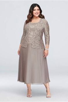 Floral Lace Plus Size Dress with Sleeve - Dainty floral lace tops the bodice and matching Necklines For Dresses, Dresses Uk, Fashion Dresses, Dresses With Sleeves, Formal Dresses, Bride Dresses, Formal Wear, Halter Dresses, Wrap Dresses