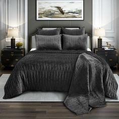 Premium Black Comforter set - Black Beauty - Bedding Ideas Dark Grey Bedding, Black And Grey Bedroom, Black Comforter, Grey Room, Comforter Sets, Black Bedding Sets, Bedding For Men, Velvet Bedding Sets, Mens Bedding Sets