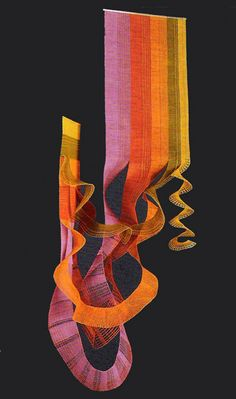 Muzeum krajky Vamberk Bobbin Lacemaking, Lace Art, Textiles, Art Textile, Lace Jewelry, Lace Making, Tapestry Weaving, Fabric Art, Fiber Art