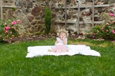 feather + light photography   main line pa family + lifestyle photographer   cake smash   hunting hill mansion   floral crowns