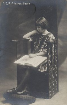 Queen Marie of Romania Gallery Princess Alexandra, Princess Beatrice, History Of Romania, Ferdinand, Vintage Images, Old Photos, Royalty, Queen, Gallery
