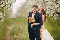 今回は結婚式で叶えられなかった写真撮影を心ゆくまで形にできる前撮りの種類と前撮りの時におすすめしたい面白いポーズについてまとめてみました。