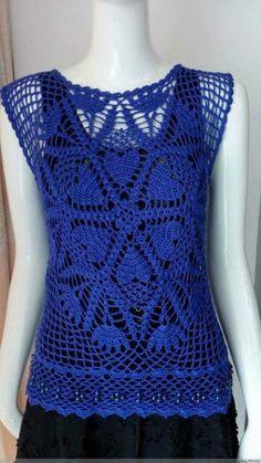 Katia Ribeiro Moda & Decoração Handmade: Blusa em Crochê Azul Royal com Gráficos
