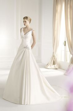 FENICO | Bridal Gowns | 2013 Collection | Avenue Diagonal