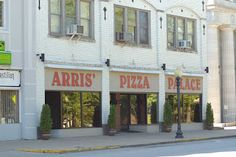 Arris' Pizza is a favorite local spot located right across from the Missouri State Capitol. Family owned & operated since 1961, this Pizza Palace will not disappoint! 117 W. High Street