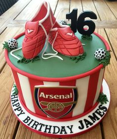 Arsenal Football Cake - Cake by Lorraine Yarnold Best Picture For eagles Football Cake For Your Taste You are looking for something, and it i Football Cakes For Boys, Football Themed Cakes, Football Birthday Cake, 25th Birthday Cakes, Football Cupcakes, Football Cake Design, Soccer Cakes, Birthday Ideas, Fondant Cakes