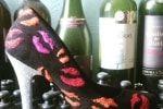 Vladimir Belmont es una marca dedicada al diseño personalizado de zapatos para el día de su boda. Sus zapatos son tan especiales que serán el complemento perfecto para que su historia de amor sea como siempre la soñaron. Su calidad es inmejorable.