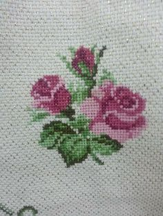 Clay Mosaic - Rose made from cross stitch pattern: Hi, I love doing clay crafts. Tiny Cross Stitch, Easy Cross Stitch Patterns, Simple Cross Stitch, Cross Stitch Borders, Cross Stitch Flowers, Cross Stitch Kits, Cross Stitch Charts, Cross Stitch Designs, Cross Stitching