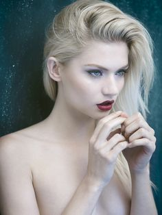 Ivory skin, bleached hair - All About Hairstyles Ivory Skin, Pale Skin, Pale Blonde, Blonde Hair, Dark Hair, Brown Hair, Porcelain Skin, High Fashion Makeup, Girls With Red Hair