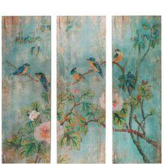 Ein echtes Ikonen-Wandbild? Fast! Das asiatische anmutende Motiv mit blühenden Zweigen und Vögeln ist zwar auf Stoff gedruckt und dann auf einen Holzrahmen gespannt, sieht aber aus wie auf Holz gemalt. Diese leichtere Ausführung lässt sich natürlich wesentlich leichter aufhängen.