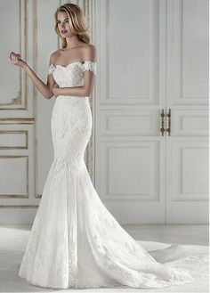 Glamorous Tulle Off-the-shoulder Neckline Mermaid Wedding Dress With Lace Appliques & Beadings
