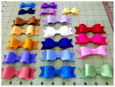 2 Mini Felt Hair Bows in 80 colors- Newborn gift, Felt Classic Bow, Photo Prop
